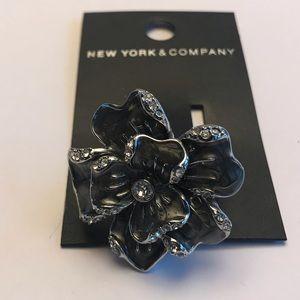 Gray flower statement ring